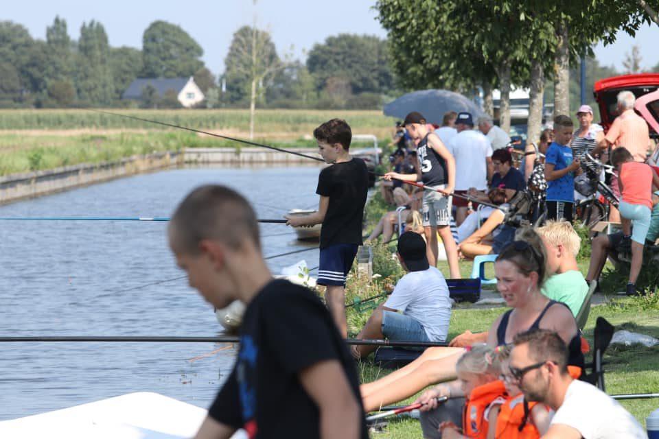 Viswedstrijd voor jong en oud